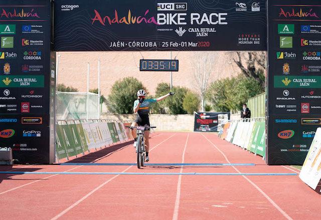 Llegada Clàudia Galicia Stage 3 ABR 2020 Sportvicious